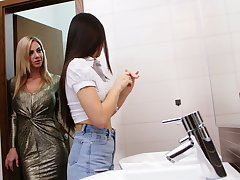 Wow blond lesbian Nathaly Cherie seduces pretty hot brunet phase