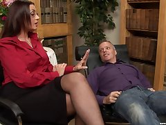 horn-mad therapist Emma Butt decides to fuck with her handsome client