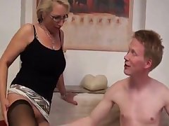Deutsch Milf was horny and got a good fucking