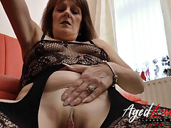 AgedLovE Mature Blowjob and Wet Pussy Ribbons