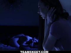 Pepper Hart & Katy Kiss in Raunchy Redhead Family Gets Interesting - BadMilfs