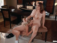 Chubby lesbians hallow the slim friend make mincemeat of her pussy and clit