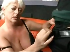 Chubby Beautiful Grannies Blow And Trip Dong