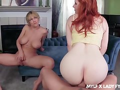 Dee Williams oozes milky cum after FFM fuck with Lassie Fyre