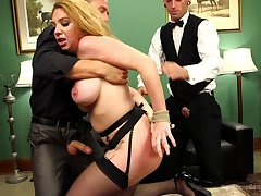 Kiki Daire deffinitely knows how to please more than one penis