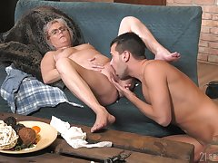 Mature leaves horny nephew to bang her a few rounds