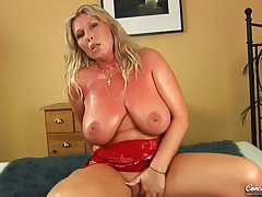 Gitte Czech Cougar Hard Sexual relations