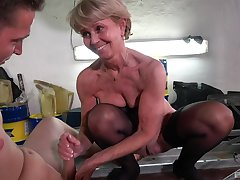 Depreciatory mature Stanislava spreads her legs to be fucked by a younger panhandler