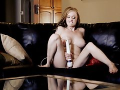 Cute blonde model Indica Greenly moans while drilling her pussy