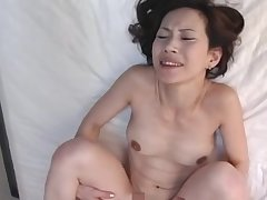 Natural soul Asian cougar gets her pussy fucked in missionary