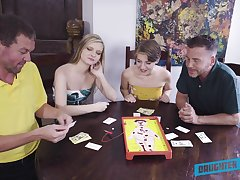 Top babes patch their fantasy in marvelous XXX home foursome