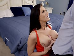 Stunning Reagan Foxx likes to ride a big bushwa while her tits bounce