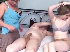 Blonde milf devise sexual connection