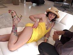 Jasmine Jae and Suzy Rainbow swap cum in a hardcore threesome