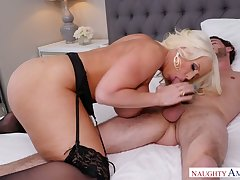 Extremely big MILF with giant knockers Alura Jenson wanna ride unearth