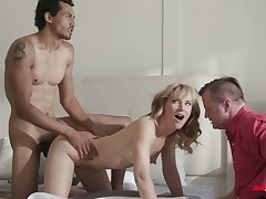 Circumference girlie Mona Wales gets nailed doggy by black stud in front of cuckold